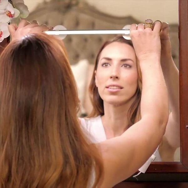 Slim LED Φωτιστικό Καθρέπτη Μακιγιάζ με Βεντούζες - Beauty Bright