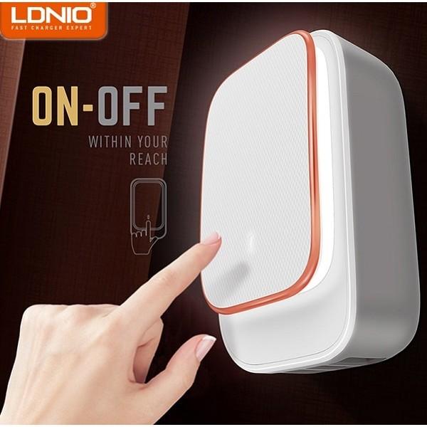 Ldnio Μίνι Φωτάκι Νυκτός και Φορτιστής 2x USB Λευκό (A2205)